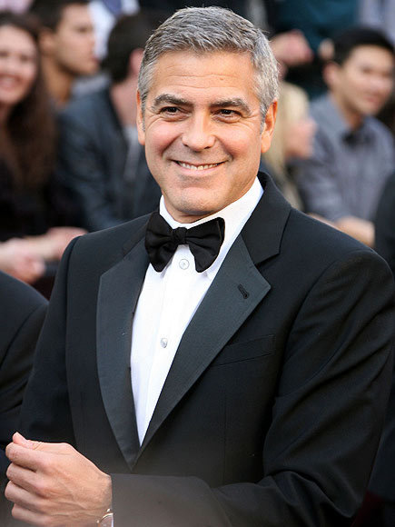 Here's Proof That Clooney Only Gets Better With Age - Page 3 George-clooney-435